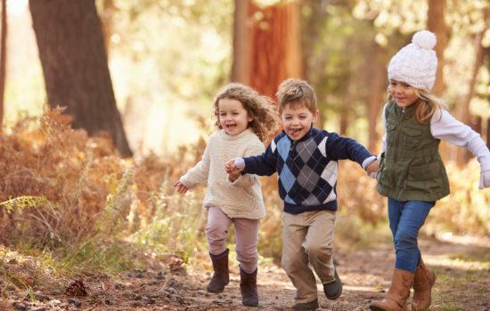 bambini spazi verdi