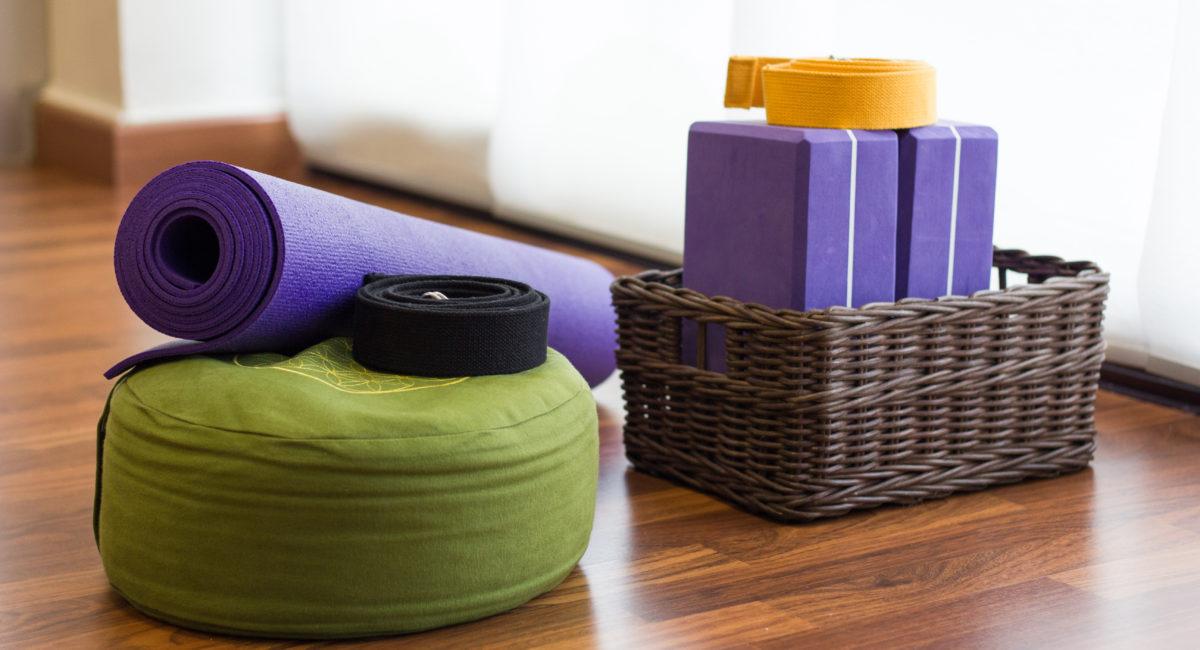 North american fashion cafe sedia istruttore di yoga camera