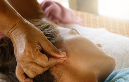 massaggio orecchie