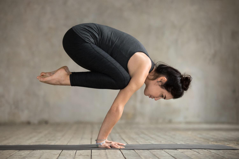 Bakasana, rinnovare la forza interiore - Vivere.yoga ...