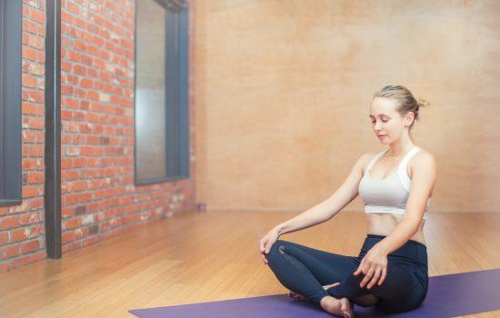 postura meditativa mindfulness immaginale