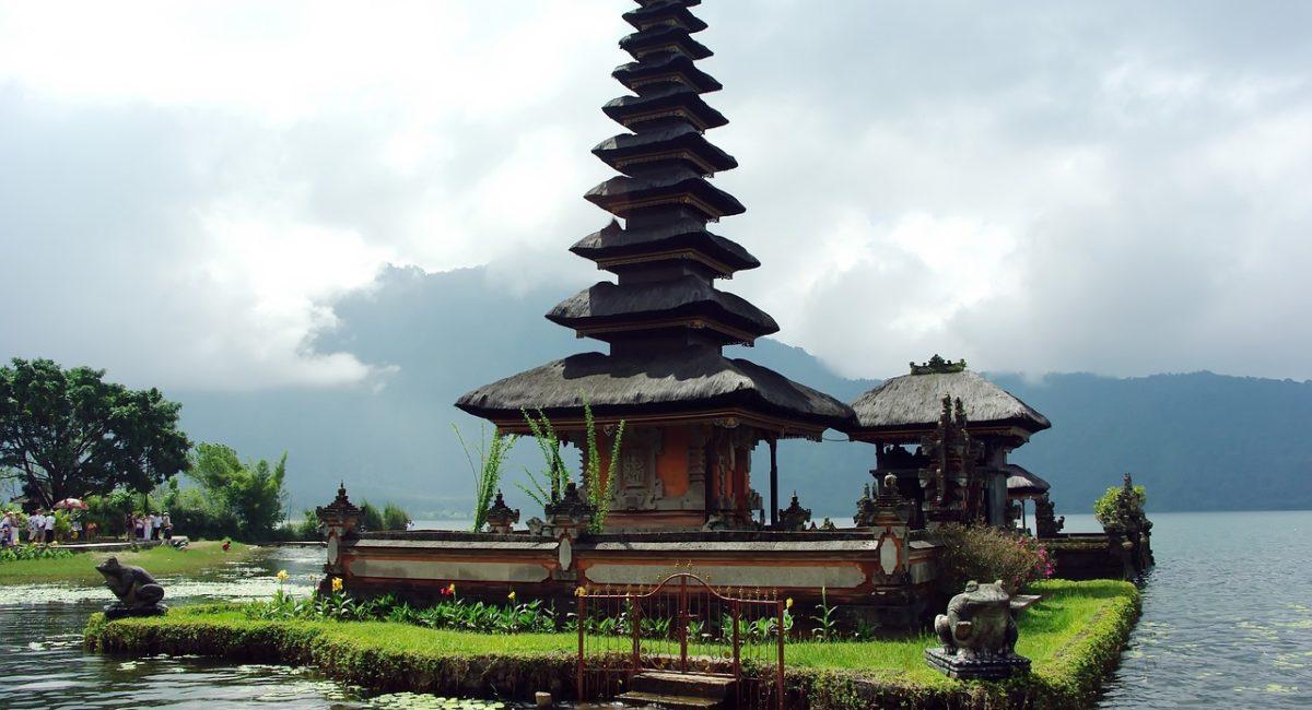 Bali Selene Calloni