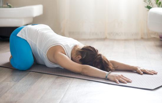 balasana yin yoga tensioni muscolari