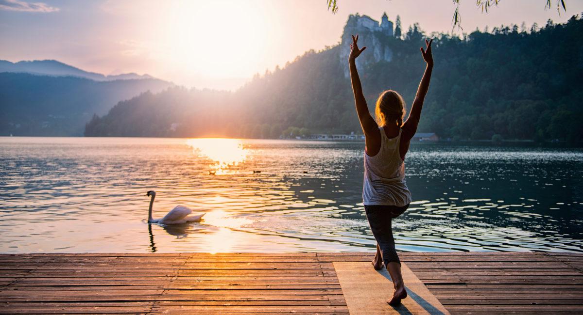 yoga al femminile libri