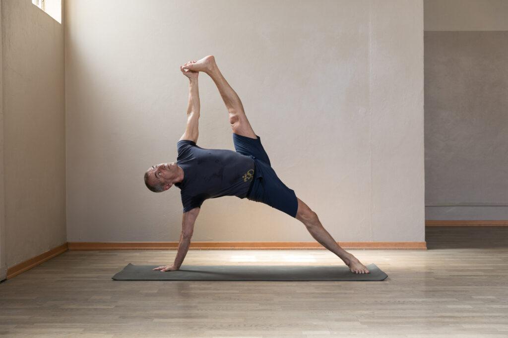 Piero Vivarelli Anusara Yoga