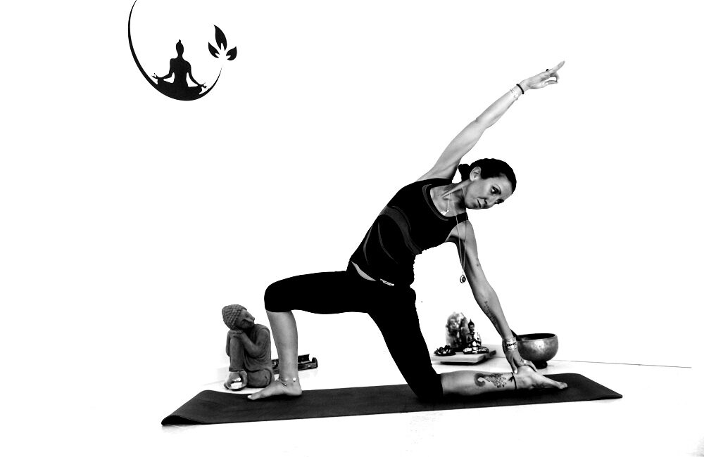 velo di maya yoga