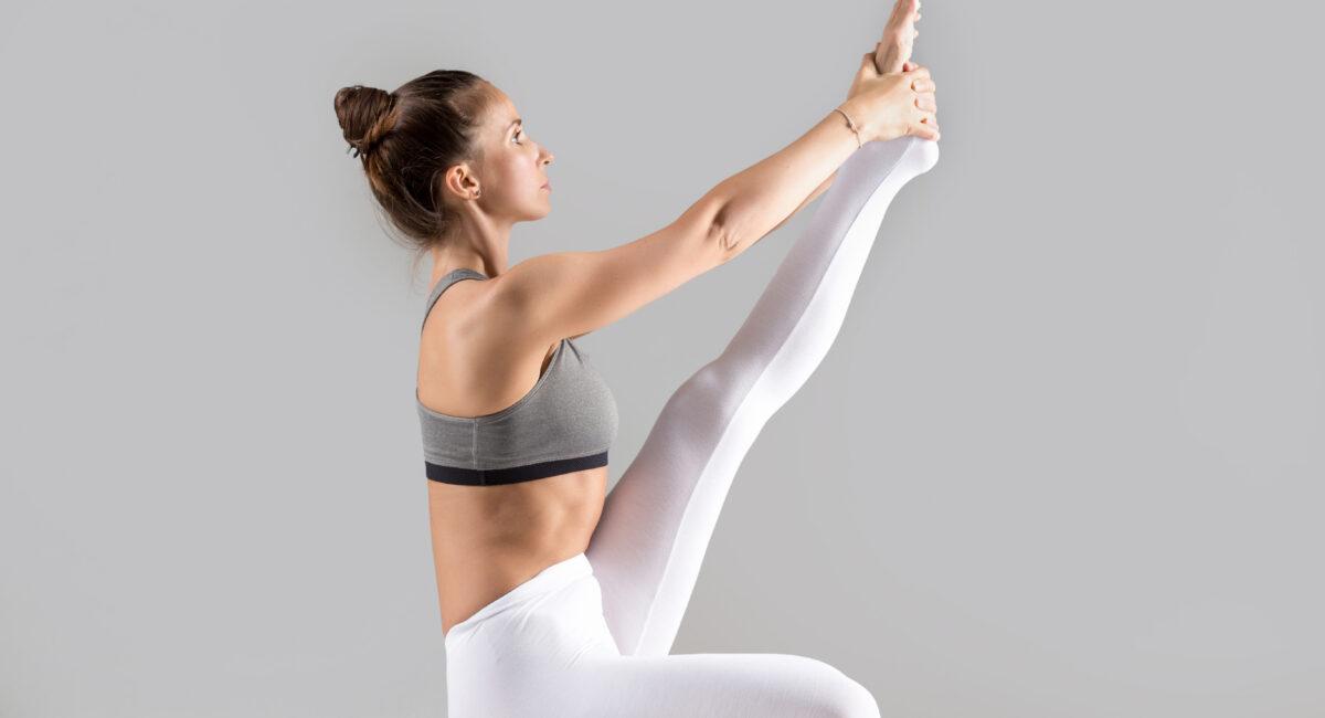 yoga posizione airone