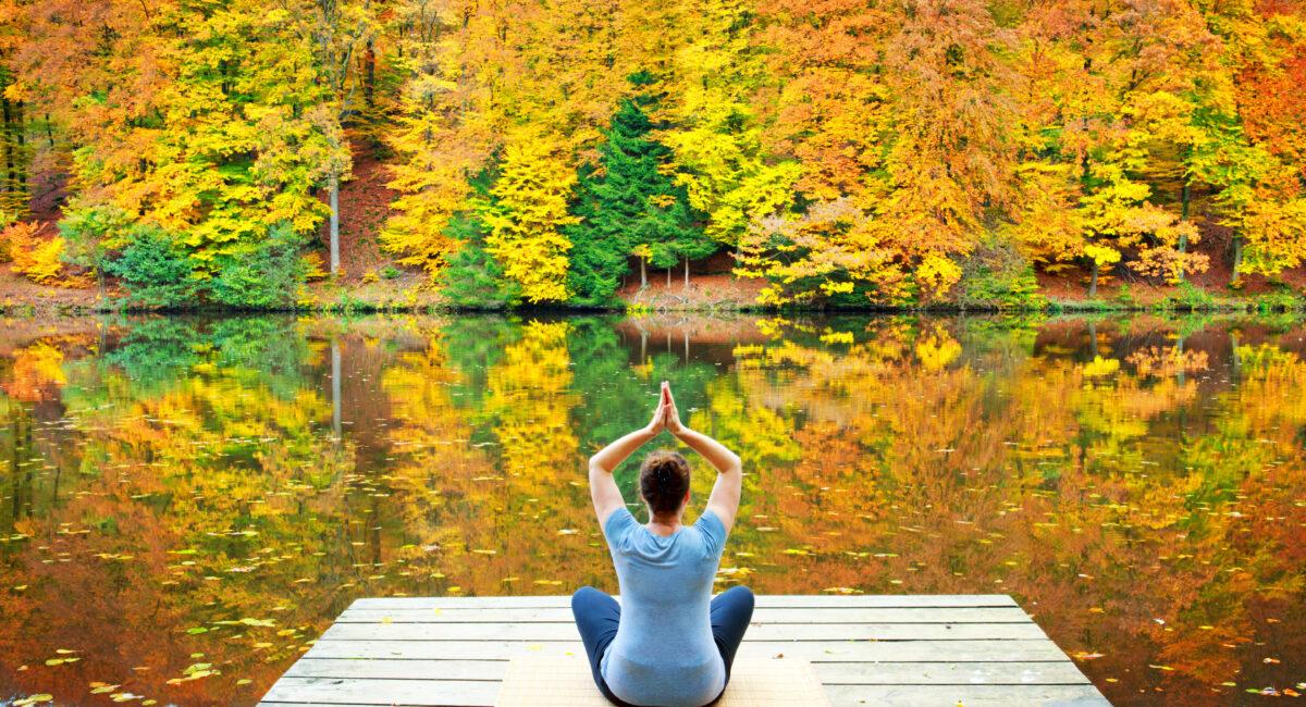 yoga autunno