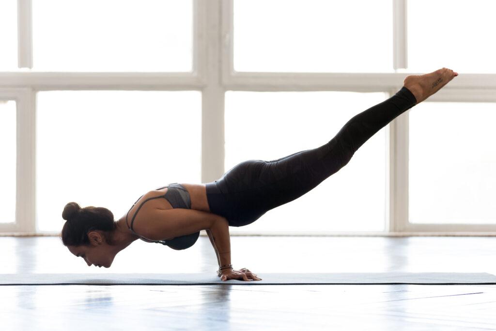 Mayurasana asana yoga